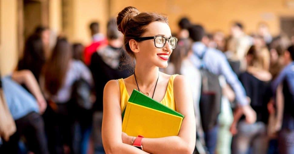 Berufsschulen Optiker / Berufsschule Augenoptiker